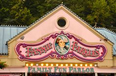 Fannie Farkle's in Gatlinburg - The family Fun Parlor