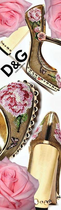 ❈Téa Tosh❈ D&G, e mesh with cross-stitch rose embroidery. #dolcegabbana #teatosh