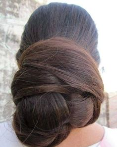 Hair Care Advice To Help You With Your Hair -- Read more at the image link. Beautiful Braids, Beautiful Long Hair, Gorgeous Hair, Amazing Hair, Naturally Beautiful, Bun Hairstyles For Long Hair, Braids For Long Hair, Pinterest Hair, Super Long Hair