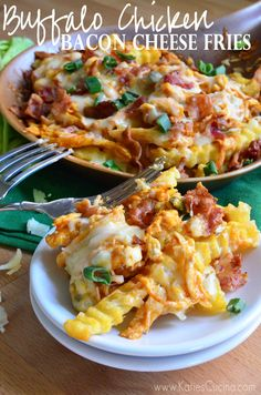 Buffalo Chicken Bacon Cheese Fries #recipe #appetizer #buffalochicken #bacon
