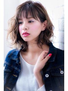 斜めバング&アシンメトリーもいける伸ばしかけ大人ボブ 川口 - 24時間いつでもWEB予約OK!ヘアスタイル10万点以上掲載!お気に入りの髪型、人気のヘアスタイルを探すならKirei Style[キレイスタイル]で。