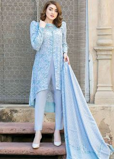 Girls Casual Dresses/Winter Collection / Latest Fashion/new ideas for girls Pakistani Party Wear Dresses, Pakistani Dress Design, Pakistani Outfits, Indian Dresses, Girls Casual Dresses, Stylish Dresses, Simple Dresses, Dress Neck Designs, Designs For Dresses
