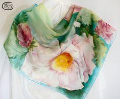Pañuelo de seda natural 100%  Habotai pintado a mano. por Artodos
