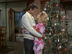 Nostalgic TV Christmas: Bewitched Christmas Episodes, Christmas Shows, Christmas Scenes, Christmas Love, Retro Christmas, Xmas, Christmas Images, Agnes Moorehead, Bewitched Tv Show