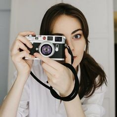 Girls With Cameras, Antique Cameras, Rangefinder Camera, Leica M, Female Photographers, Photos Of Women, Lady, People, Photography