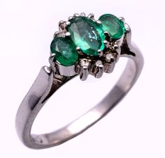 925 Sterling Silver Ring with Emerald & Diamond https://www.etsy.com/people/asianjewellers09?ref=si_pr http://www.ebay.com/usr/asianjewellers