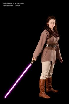 Jaina Solo  Friends Star Wars Cosplay http://geekxgirls.com/article.php?ID=1863