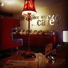 Te apetece un cafe?