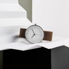 """Simpl's watches can pair with """"minimal moods"""" or """"eccentric Saturday outfits"""". #design #watches"""