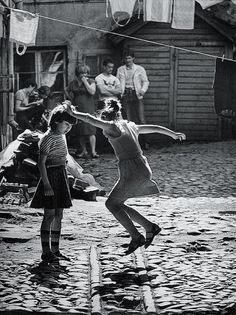 """Mikhail Dashevsky - """"Games in the yard"""", 1970. °"""