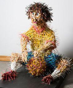 pencil sculpture guy 600x728 Pencils sculptures