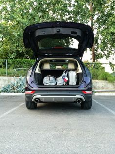The #LincolnMKC packed for a road trip through Austin, Texas. Flag included.