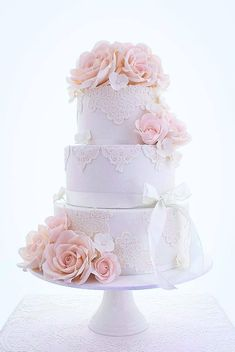Wedding Cakes that are Elegantly Simple; via Cakes 2 Kreate