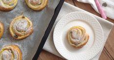 Blog o pečení všeho sladkého i slaného, buchty, koláče, záviny, rolády, dorty, cupcakes, cheesecakes, makronky, chleba, bagety, pizza. Doughnut, Food Inspiration, Camembert Cheese, French Toast, Cheesecake, Pizza, Baking, Cupcakes, Breakfast