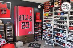 "HD_Sneaker_Feed on Instagram: ""Sneaker room goals ⁉️ ➡️ Heat 🔥 check via @retroshoesnba 💯 ➖➖➖➖➖➖➖➖➖➖➖➖➖➖➖➖➖➖ ℹ Follow @hd_sneaker_feed and use #HdSneakerFeed…"""