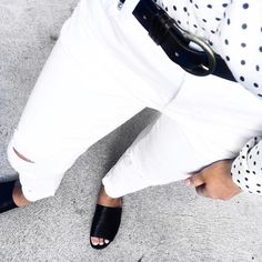 Remember when fashion retailer Sussan was the place where youd go to buy pyjamas for Mum?  Well things have changed for the iconic 77-year-old iconic brand and a recent revamp has us falling in love with them all over again.  Our pick this week has to be these white distressed jeans ($119.95) featured over on Madeleines gorgeous feed @thestylesmith_ and available locally at the Sussan store in Mosman ...
