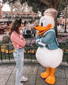 Messing with all the characters. Disney World Pictures, Cute Disney Pictures, Cute Friend Pictures, Disney Vacations, Disney Trips, Disney Parks, Walt Disney, Disney Land, Disney Dream