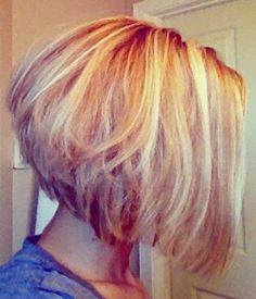 Short Bob Hairstyle with Blond Highlights