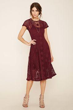 Contemporary Floral Crochet Midi Dress   LOVE21 - 2000145645