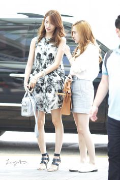 #Yoona #윤아 #ユナ #SNSD #少女時代 #소녀시대 #GirlsGeneration 130621 Limyoona.com