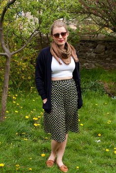 Vintage Navy Spotted Skirt Size 12/14 by by VintageEffectsNo1