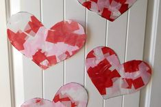 Easy Contact Paper Heart Suncatchers - Sunshine and Munchkins Mod Podge Crafts, Glue Crafts, Chore Chart Kids, Chore Charts, Easy Strawberry Pie, Applesauce Muffins, St Patrick Day Activities, Sugar Sprinkles, Great Wedding Gifts