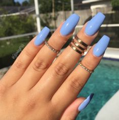 by @sally_hansen it's called (babe blue) so purty