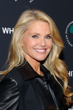 This is what 60 looks like when you're a Supermodel. #ChristieBrinkley