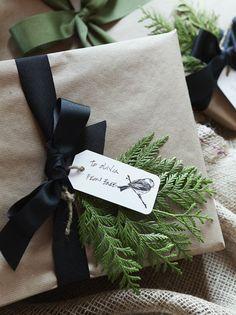 cute wrapping idea I #xmas