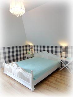 sypialnia ,tapeta , biały , turkusowy