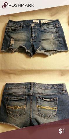 Indigo Rein shorts Comfortable denim indigo rein forever junior's  size 11 shorts.   These have been washed worn great condition. Indigo Rein Shorts Jean Shorts