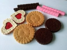 Play food felt cookies by DusiCrafts on Etsy, $19.00