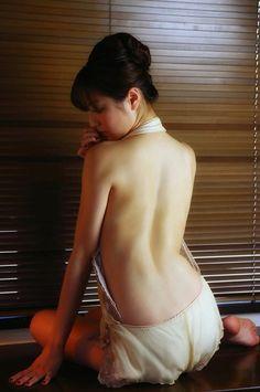 杉本有美胸カップ過激水着グラビア