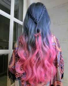 Cabelo azul e rosa