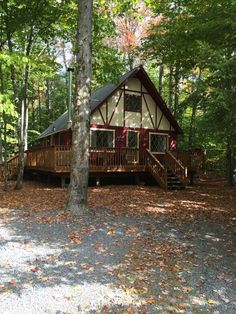 Cozy U0026 Charming Pocono Lake Cabin Nestled In The Woods. (BEST  VALUE)Vacation Rental In Pocono Lake From