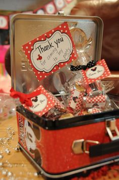 minnie mouse party favors - Minnie Miniatures