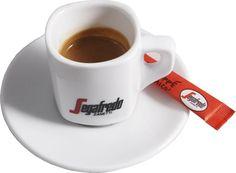 Koffiekopje Segafredo. Robuust, maar wel mooi om te zien