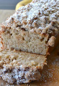 Cinnamon Crumb Banana Bread | foodsweet | foodsweet