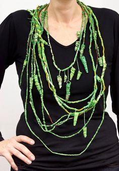Mabel Pena - Necklace Jungle, everlasting present. (Silk, bronze, supermarket bags recycled polyethylene).