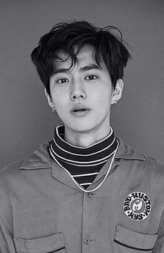 Find images and videos about kpop, exo and suho on We Heart It - the app to get lost in what you love. Teaser, Exo Lucky One, Chanyeol Baekhyun, Kim Jong Dae, Xiuchen, Exo Korean, Korean Idols, Kim Joon, Exo Ot12