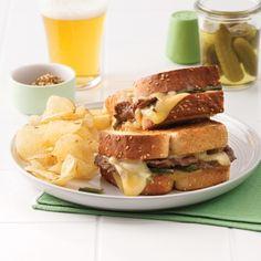 Grilled cheese style «Philly» - Soupers de semaine - Recettes 5-15 - Recettes express 5/15 - Pratico Pratique