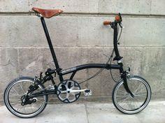 Black Bromtpon, Brooks saddle and grips