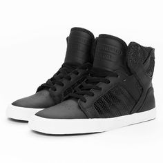 Supra Schuhe Sneaker Skytop High Skate in schwarz (815 NOK) ❤ liked on Polyvore featuring shoes, sneakers, supra footwear, supra shoes and supra sneakers