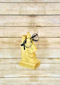 For giovanni carelli Decorative handmade stand for eyeglasses
