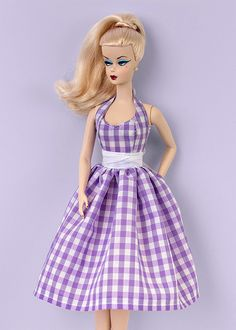Checkered dress for Barbie and Poppy dolls (1:6 scale).  DRESS ONLY!!! Doll, shoes, bijouterie, etc are not included.  From smoke free and pets free office.  We ship worldwide and combine shipping.  Visit our blog for more photos: http://barbieropayaccesorios.blogspot.com  Thank you