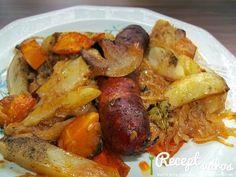 Fried sausage and bacon on white wine cabbage - Sült kolbász és szalonna fehérboros káposztaágyon