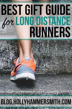 While figuring out gifts for athletes, the distance runner gift guide is helpful for all of those people who like to run a lot and are difficult to buy for. Running Gifts, Gifts For Runners, We Run, Fit Board Workouts, Living A Healthy Life, Athletes, Distance, Gift Guide, Best Gifts