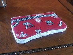 Alabama baby wipe case by CutesyCreationsbyJW on Etsy, $8.00