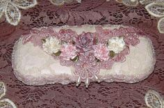 Shabby But Chic Pink Victorian Eyeglass Case Pearls Lace Roses |