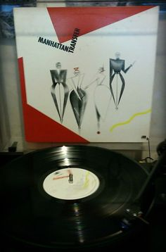 On the turntable: Manhattan Transfer c. 1979.   Extensions  #vinyl